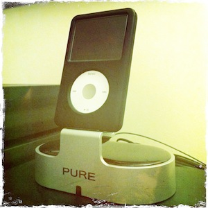 Pure i-20 iPod Dock - Frontal